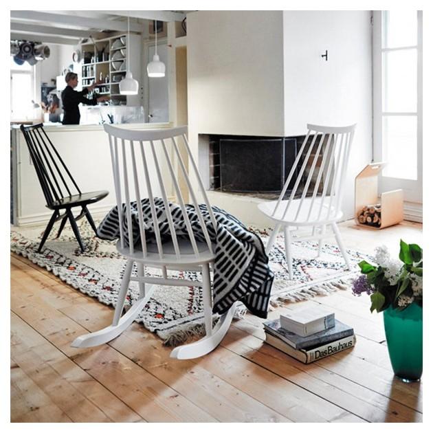 salón con Lounge chairs Mademoiselle de Artek