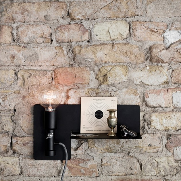 Lámpara sunday color negro de northern Lighting. Disponible en Moisés showroom