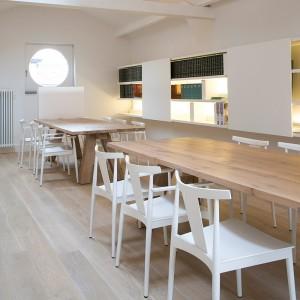 restaurante silla Smile SI-0325 Andreu World blancas