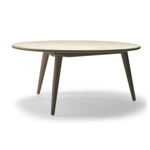 comprar Mesa CH008 100 cm en roble de Carl Hansen. Disponible en Moisés showroom