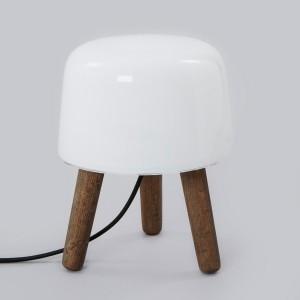 Lámpara de mesa Milk AndTradition cable negro