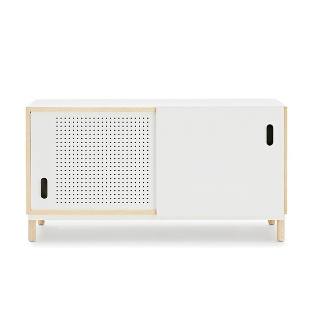 comprar Aparador Kabino Sideboard color blanco de Normann Copenhagen. Disponible en Moisés showroom