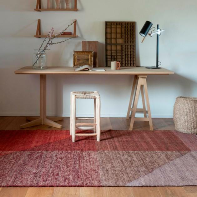 habitación con alfombra capas 1 Nanimarquina
