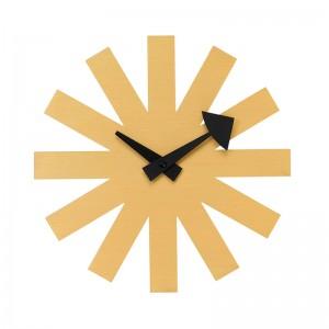 Reloj Asterisk Brass de Vitra en Moises Showroom