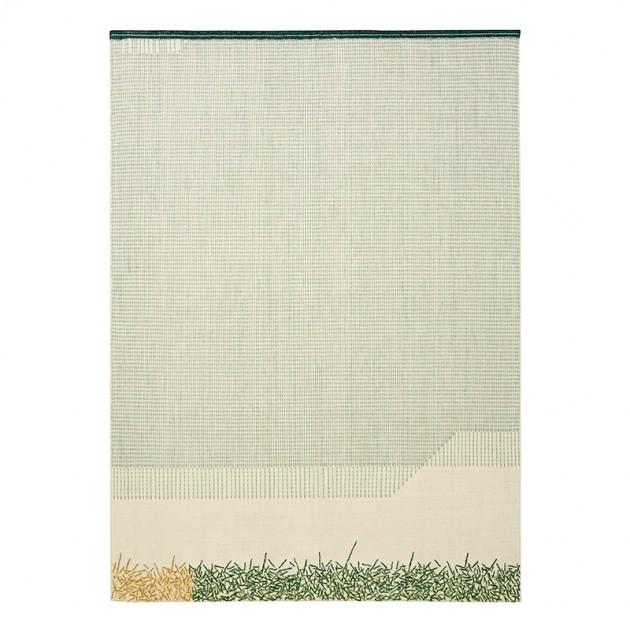 Kilim Backstitch Calm color verde de Gan Rugs en Moises Showroom