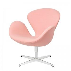 Butaca Swan en tapicería Fame rosa en Moises Showroom