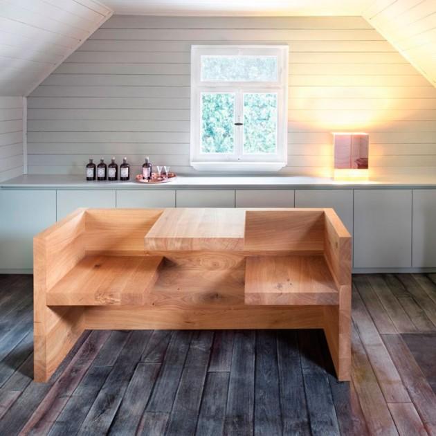 Ambiente interior Mesa-banco Tafel en roble aceitado de E15. Disponible en Moisés showroom
