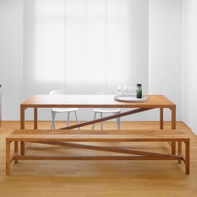 Cocina con Banco Sitz en madera de roble aceitado de e15. Disponible en Moisés showroom