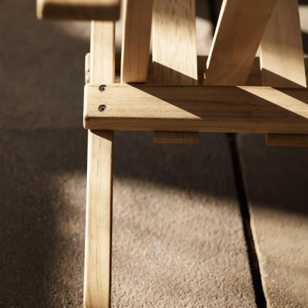 Detalle acabado madera de teca de Deck chair BM5568. Disponible en Moisés showroom