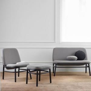 ambiente sofás lana respaldo alto madera negra de Ondarreta
