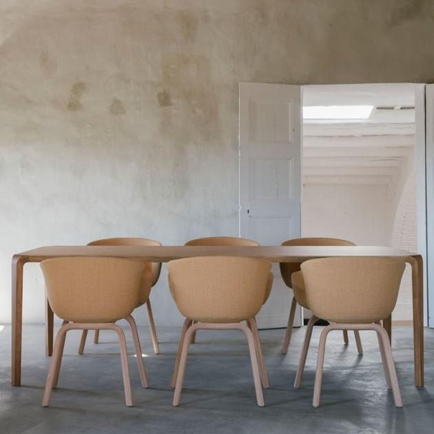 Mesa de comedor Silu de Ondarreta en Moises Showroom 4