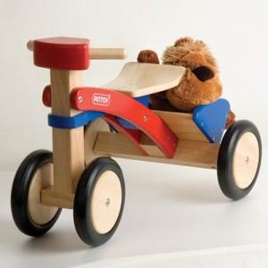 Triciclo con cofre - Pintoy