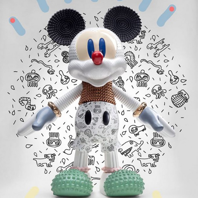 Ambiente escultura Mickey Forever young Bosa