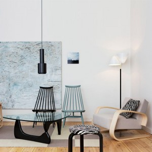salón con sillón 400 Tank brazo abedul lacado natural tapizado Artek