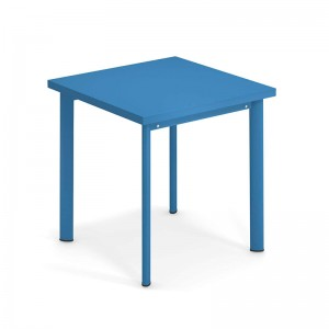 Mesa Star de exterior 70x70 azul Emu diseño