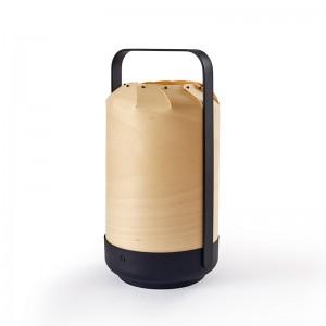 Lámpara portátil Mini chou Luzifer natural beech