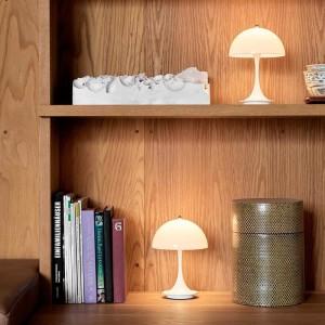 estantería Panthella Louis Poulsen portable lamp