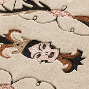 Detalle alfombra Dreams Medieval Faces de Gan Rugs
