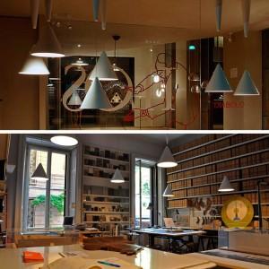 ambiente estudio Achille Castiglioni con lámparas Diabolo Flos