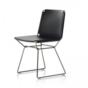 Silla Neil Leather Chair negro de MDF Italia