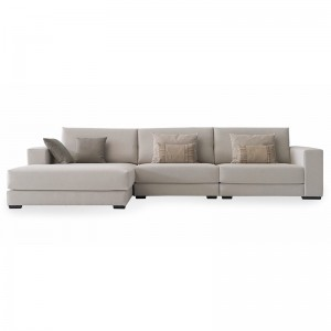 Sofá C10 con chaiselongue de Casual en Moises Showroom