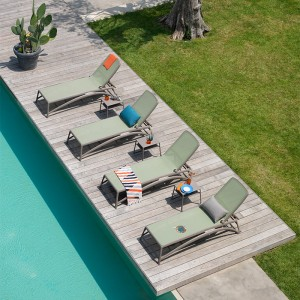 piscina con pack tumbonas Atlántico agave + mesa Pop tortora Nardi