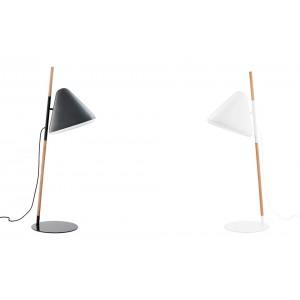 Lámparas de pie Hello  Normann copenhagen disponible en Moisés showroom